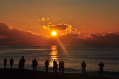31Dec12 Sunrise @ Haeundae Beach: Making their New Year wishes