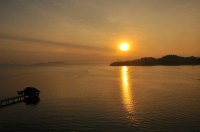14Mar15: Sunrise @ Gaya Island