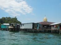 Gaya Island: Surau
